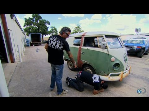 Aaron Falls For The Vw Shorty Fast N Loud