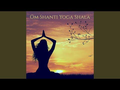 Om Shanti Om Chanting - Inspiring Music