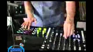 DJ Tips  How To Create Amazing Build Ups Pt 1  Beat Rolls