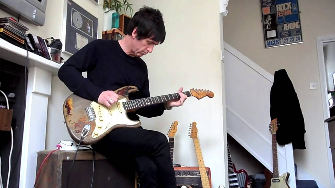 Johnny Marr Playing Rory Gallagher's Strat!