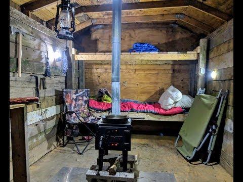 Winter Overnighter In My Bushcraft Cabin