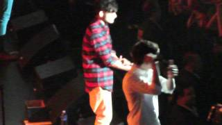 Harry Styles shirt gets ripped open in Chicago!! 6-2-12