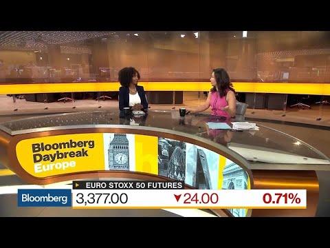 JPMorgan's Amoa Shuns Italian Bonds on `Fraught' Negotiations