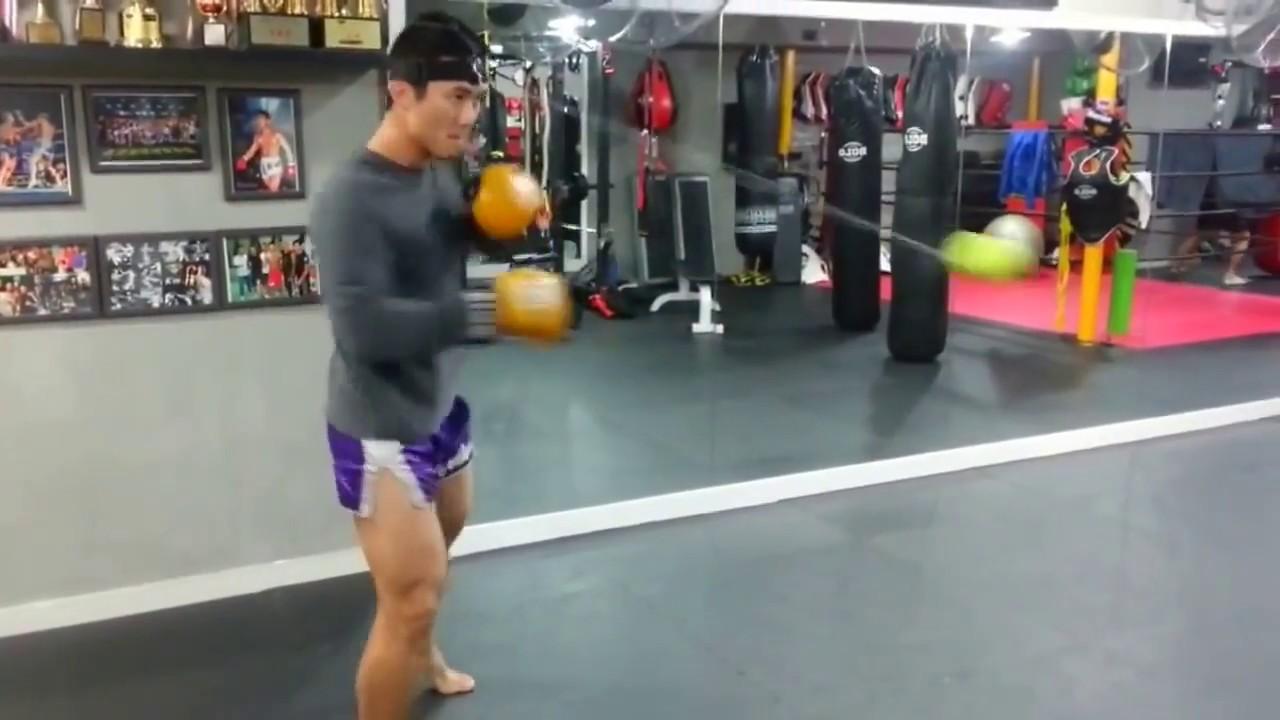 Rival Reflex Headband Ball Boxing