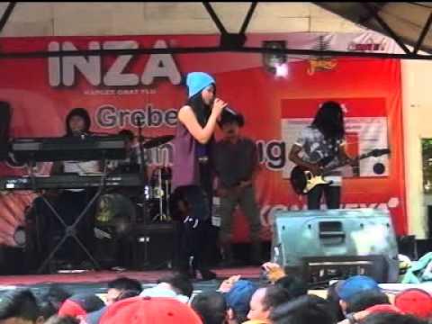 I'm Your's - NITA - SAVANA Terbaru 2015 - Live Grebeg Syawalan Jurug (ANDESGO MULTIMEDIA)