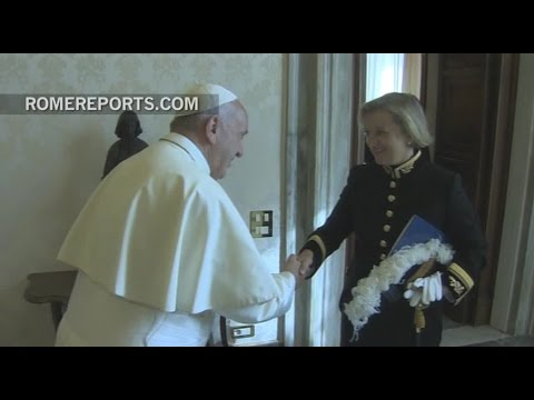 New UK Ambassador to the Holy See presents her credentials to the pope