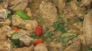 """ QUICK KARAHI CHICKEN "" Bajias Cooking"