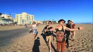 More Amor ft. Ryan Ross: Beach Bones