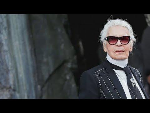 Знаменитый модный дизайнер Карл Лагерфельд умер в возрасте 85 лет