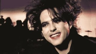 Funny & Weird moments with Robert Smith!