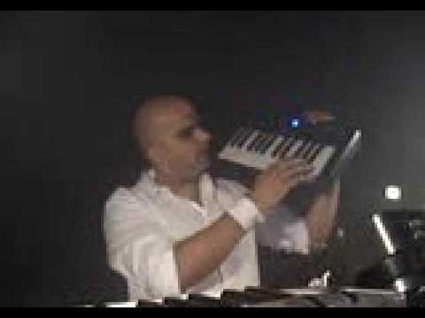 For An Angel - Paul Van Dyk (Roger Shah Live Keyboard)