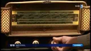 Un collectionneur de vieilles radios