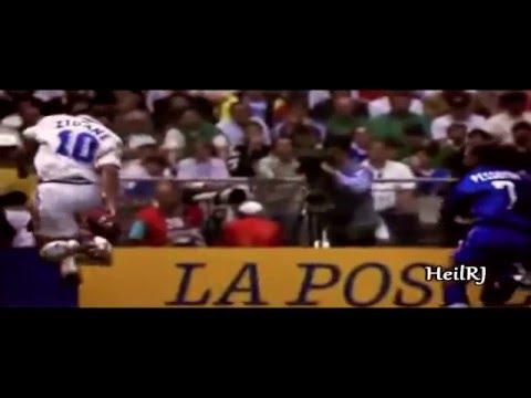 Zidane  Ronaldinho Controlling The Ball