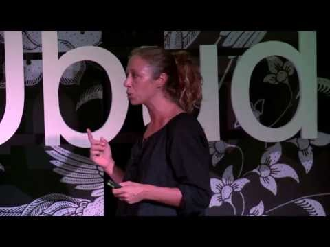 Restoring the Gili Islands' coral reefs: Delphine Robbe at TEDxUbud