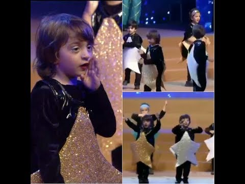 ShahRukh's son AbRam Dances on 'Yeh Tara Wo Tara'|Dhirubhai Ambani International school|
