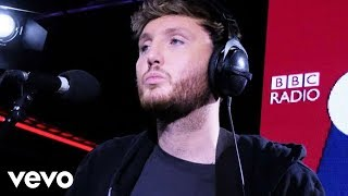 Baixar James Arthur - You Deserve Better in the Live Lounge