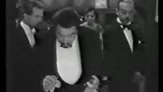 Chan interrogates (TheBlack Camel 1931)