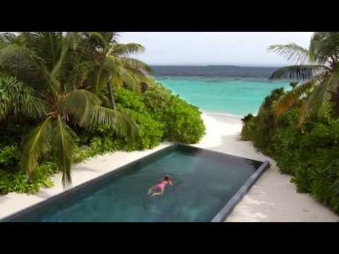 Dusit Thani Maldives | Kangaroo Tours
