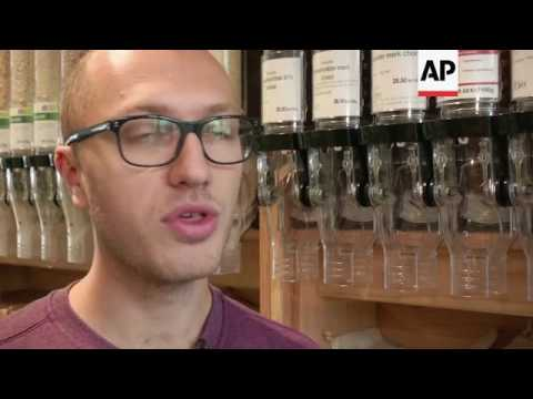 Eco-friendly supermarket uses zero plastic packaging Mp3