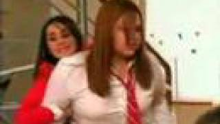 Pelea de Vico vs Celina - Rebelde - RBD