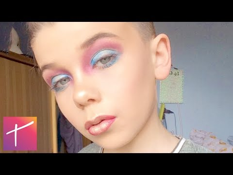 Thumbnail: 10 Kids Who Do Their Makeup BETTER Than You