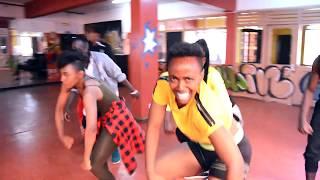 Gambar cover Free by Nyashinski- Official dance choreography