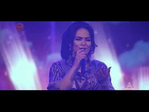 Нигина Амонкулова - Бету ист гамам (Клипхои Точики 2018)
