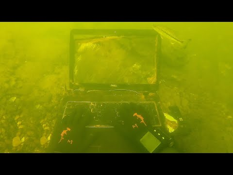 found-laptop-underwater-in-the-river-while-scuba-diving!-(stolen-computer?)