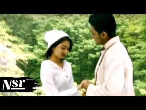 Umbrella - Demi Cinta (HD)