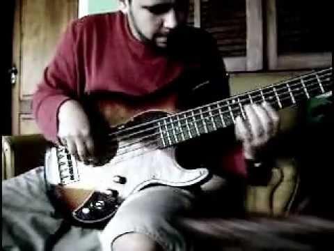 bass solo - variax bass (parte 02) por Henrique Biá