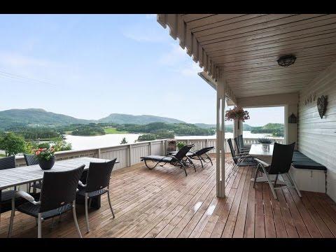 TINGVOLL - Flott enebolig med dobbelgarasje og nydelig utsikt på Langset!