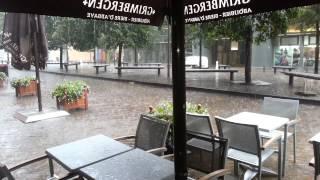 Bruxelles sous la pluie torrentielle