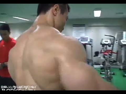 Bodybuilder Kang Kyung Won - Awesome Back Workout