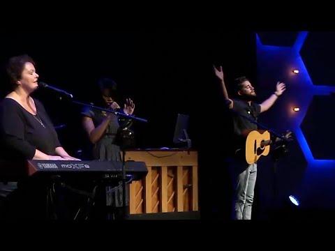 VineyardLIVE Worship September 24, 2017