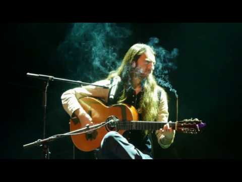 2018 The incredible Estas Tonne live , perfect guitar player 4K / UHD