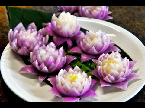 How to Make Red Onion Lotus Flower หัวหอมทอดรูปดอกไม้ Fried Onion Ring Flower Shape