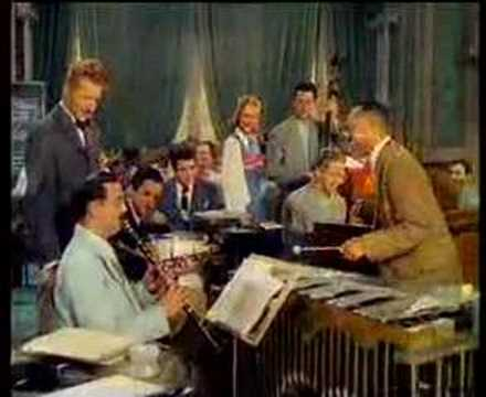 Benny Goodman & Lionel Hampton  Stealin Apples
