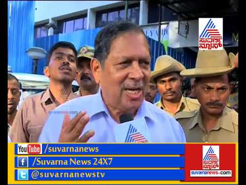 Justice Santosh Hegde Visits Mallya Hospital Enquires About Lokayuktha's Condition.