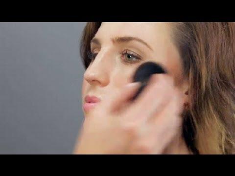 How To Use A Kabuki Brush Makeup Tool Guides Youtube - Kabuki-makeup