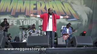 Morgan Heritage - Don´t Haffi Dread + A Man Is Still A Man + Jah Works - Summerjam 2013 - 2/3