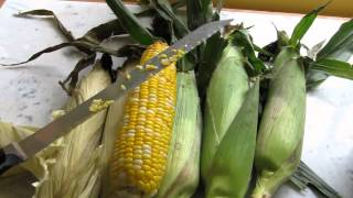Best Way to Cut Corn off the Cob, Quick and Easy!