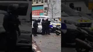 police casseur police gilet jaune des infiltres (gilet jaune vs police crs)