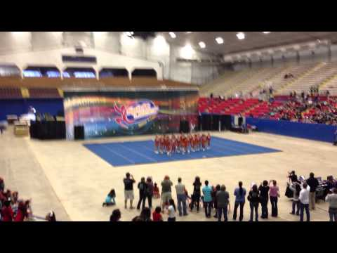 Hutto Middle School Cheer Competition