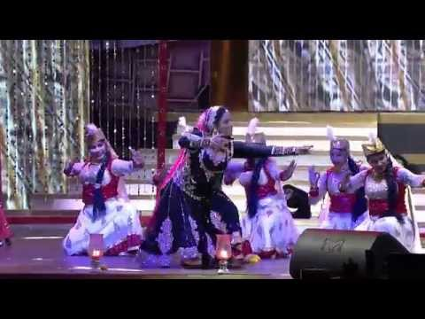 Swetha Menon Dance in Vanitha Film Award 2015 part 2