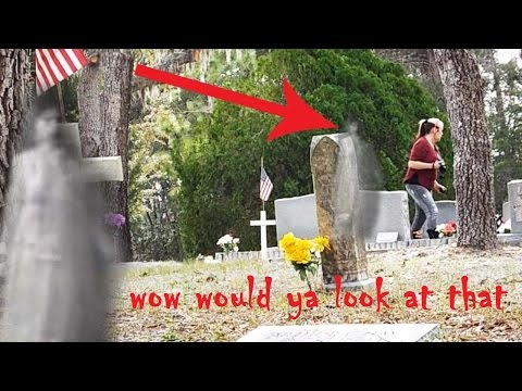 "Ghost caught on Camera following Patty at Aripeka Cemetery ""Great evps""!!"