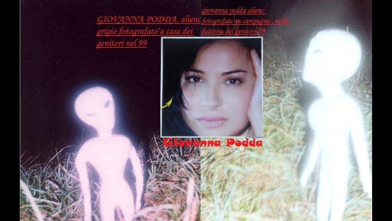 Giovanna Podda: (LE SUE FOTO ORIGINALI) (RAPITA E MESSA INCINTA DAGLI ALIENI)