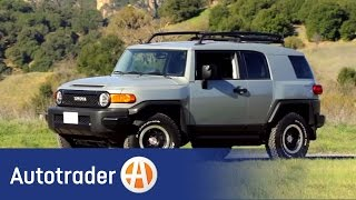 2013 Toyota FJ Cruiser - SUV | New Car Review | AutoTrader