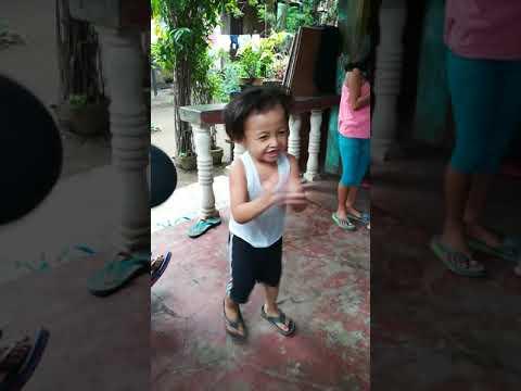 Kent Gabriel clap clap awra dance