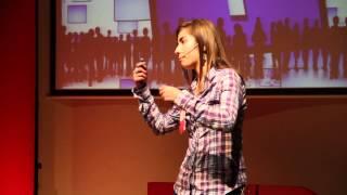 Redes sociales para cambiar el mundo | Cristina Valdés | TEDxYouth@Gijón