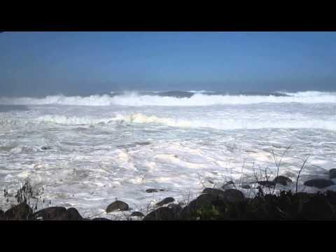 Hanakapiai Beach Waves